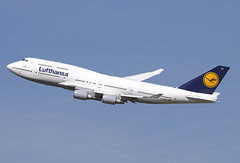 D-ABVT (JBoulin94) Tags: dabvt lufthansa boeing 747400 washington dulles international airport iad kiad usa virginia va john boulin