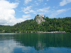 Lake Bled (Kaeko) Tags: lake bled slovenia europe travel vacation holiday castle water reflection landscape cloud
