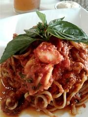 Seafood Spaghetti (nikolissima) Tags: pasta spaghetti italianfood