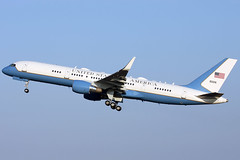 09-0016 b752 egss (Terry Wade Aviation Photography) Tags: b752 usaf egss