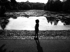 """#minime exactly 10 years ago! She was 3 years old here. At the time, she """"instructed"""" me to get a shot with her & the pond. Glad I did.  :) (Manhattan Girl) Tags: shellykayphotography centralpark nyc summerinnyc bwphotography naturephotography family portrait monochrome"""
