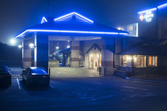 Best Western Plus (Curtis Gregory Perry) Tags: lincoln city oregon night long exposure best western hotel coast blue neon sign car lot parking awning nikon d810