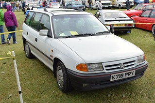 1992 Vauxhall Astra SRI Estate