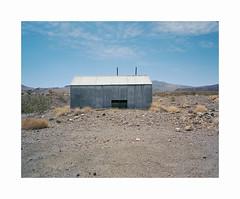 ** (ha*voc) Tags: mamiya7ii 65mm rangefinder film 120 mediumformat 6x7 kodakektar100 urban corrugation usa deathvalley california decay