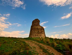 Torre Di Caposuvero Italy (Arcieri Saverio) Tags: nikon nikkor medieval medioevo storia cultura historia torre passato calabria italia italy cielo cloud azzurro sky landscapes paesaggio castle difense