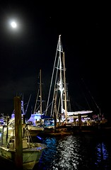 Night View (pjpink) Tags: night boat ship dock docks waterfront sailboat boating boatinglife beaufort northcarolina nc carolina coast coastal eastcoast crystalcoast spring 2018 may pjpink 2catswithcameras