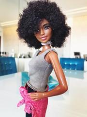Barbie Fashionista 2018 (zadolls) Tags: barbie collector playline black aa 2018 fashionista fashion reroot model