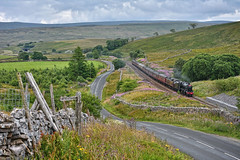 A Helping Hand (whosoever2) Tags: uk united kingdom gb great britain england nikon d7100 train railway railroad july 2018 dalesman shotlock hill tunnel settle carlisle 8f 48151 47237 wcrc cumbria yorkshire