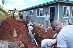 Georgia Air National Guard moves Aloha Garden Project (Chelsea Smith PR) Tags: 165thairliftwing 116thaircontrolwing savannahairnationalguard helemanoplantation georgiaairnationalguard hawaii irt innovativereadinesstraining wahiawa georgia unitedstates