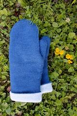 2018.07.11. tuplalapaset 3684m (villanne123) Tags: 2018 mittens lapaset tuplalapaset neulottu neulotut knitting knittedmittens mittensforsale myyntiin myydään myydäänlapasia villanne sandnessisu teeteepallas