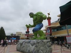 Disneyland Paris June 2018 (Elysia in Wonderland) Tags: disneyland paris 2018 june birthday elysia meryn lucy pete disney theme park marvel show superhero superheroes incredible hulk statue