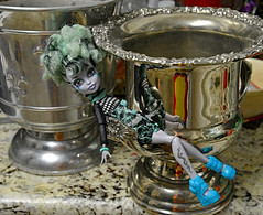 Party Girl (BKHagar *Kim*) Tags: bkhagar doll monsterhigh pose twyla twylafreakduchic collection toy toys fun champagne bucket silver champagnebucket boots partygirl party