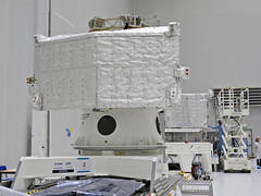 MTM thermal blankets (europeanspaceagency) Tags: esa europeanspaceagency space universe cosmos spacescience science spacetechnology tech technology bepicolombo bepi mtm journey animation cartoons mercury solarsystem adventures jaxa spacecraft clean room cleanroom white