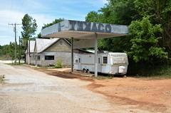 Arkansas, Pindall, Texaco (EC Leatherberry) Tags: gasstation texaco arkansas pindallarkansas searcycounty us65 formergasstation