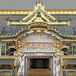 La porte Kara-mon du sanctuaire shinto Toshogu de Nikko (Japon) thumbnail