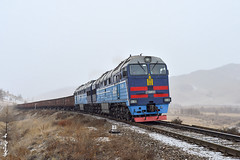 Locomotive 2ME116UM-029... (N.Batkhurel) Tags: season winter snow railway railfan trains trainspotting 2te116um mongolia monrailpic ubtz ngc nikon nikondf 24120mm 1520