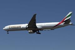 A6-ECW_777-31H/ER_UAE_KSEA_5384 (Mike Head -Jetwashphotos) Tags: boeing 777 777300 ek uae emirates sea ksea seatac wa washingtonstate us usa america 77731her