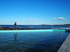 (onKEW Photography) Tags: blue beach sunshine sea pool oceanpool walking