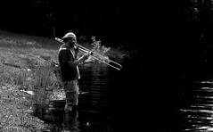 Concerto pour poissons ('aNtOiNe') Tags: limousin creuse 23 vassivière d3300 nikon lac summer juillet nb water music trombone cuivre instrument men homme man human wild nature antoine antoinepillaud