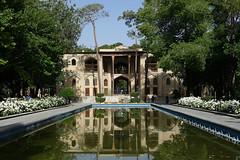 DSC09182 (Dirk Rosseel) Tags: hasht behesht esfahan isfahan iran persia persian iranian gardens park palace