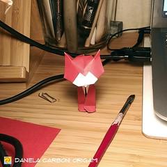 """Origami Challenge 76/365 """"Gatto"""" Modello creato nel 2014. ------------------------------------------- """"Gatto"""" Model created in 2014.  #origami #cartapiegata #paperfolding #papiroflexia  #paper #paperart #createdandfolded #originaldesign   #danielacarbonio (Nocciola_) Tags: gattino kitten gatto paperart cartapiegata createdandfolded papiroflexia paperfolding originaldesign danielacarboniorigami paper origami cat"""