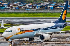 Jet Airways Boeing B737-800 VT-JGJ Mumbai (VABB/BOM) (Aiel) Tags: jetairways boeing b737 b737800 vtjgj mumbai rains monsoon