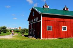 Cider Mill (Thom Sheridan) Tags: thomsheridan burton ohio 2018 geauga county sunrisefarm barn
