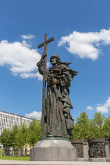 Statue of Vladimir the Great in Kremlin, Moscow (marcoverch) Tags: fusball fans deutschland fusballwm football wm2018 moskau russland2018 moskva russland ru sculpture skulptur statue travel reise noperson keineperson religion architecture diearchitektur monument outdoors drausen daylight tageslicht sky himmel cross kreuz church kirche cemetery friedhof art kunst city stadt building gebäude tourism tourismus bronze people menschen turningpoint wendepunkt noiretblanc flickr festival new ice moon plane sunlight home vladimirthegreat kremlin moscow