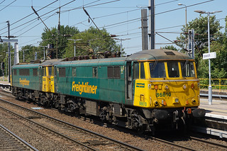 Freightliner 86610 + 86604  - Ipswich