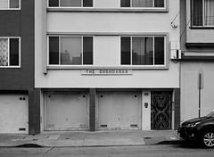 The Onondagas // San Francisca (bior) Tags: fujifilmga645zi ga645zi ilfordfp4plus125 fp4 fp4plus ilfordfilm sanfrancisco 6x45cm 645 mediumformat filmphotography film onondagas onondaga street garage apartment