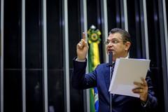 Douglas Gomes 13