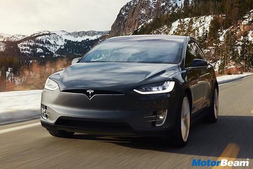 Tesla-Model-X-10