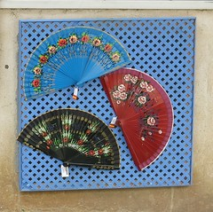 Sunday Colours - Postcard from Sevilla (Pushapoze (NMP)) Tags: spain sevilla fan eventails