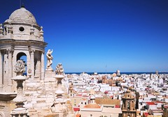 Cadiz, el cabo de Andalucía (matteoleoni1) Tags: cadiz españa spain tourism travel calm sun hot summer july sunday mood sky blue cityscape landscape colors