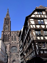 Strasbourg Cathedral (toucanne) Tags: gothic cathedral alsace strasbourg notredame maison colombages cathédrale gothique house old street rue city ville france basrhin 67