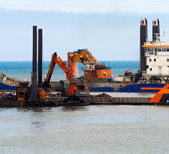 Big and Bigger. (HivizPhotography) Tags: wasa dredging dredger van oord north hitachi ex1200 sea scotland aberdeen harbour expansion goliath boulder rock sand water cold construction heavy excavator earthmoving equipment infrastructure industry uk