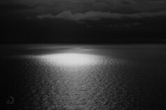 Soleil occasionel/occasional sun (bd168) Tags: seascape sky nuages clouds seaocean lumièresolaire sunlight reflection xt10 xf50mmf2rwr