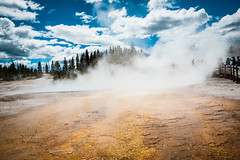 Grand Prismatic Springs-9.jpg (VoxLive) Tags: grandprismaticspring mountains geiser yellowstone travel grandtetons nationalparks