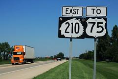 ND210 East - To US75 Signs (formulanone) Tags: sum285 northdakota nd210 210 us75 75 yrc yellowtruckingcompany