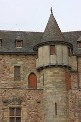 La Roche-Jagu (philippe.ducloux) Tags: france côtesdarmor bretagne brittany canon 450d canon450d strictlygeotagged flickraward mywinners larochejagu rochejagu ploëzal château forteresse castel castle tour tower building architecture