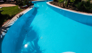 _swimming_pool_naples_9dd9990012