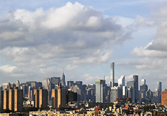 And the clouds roll by (tmattioni) Tags: brooklyn manhattan skyline builidings clouds 7dwf anythinggoes