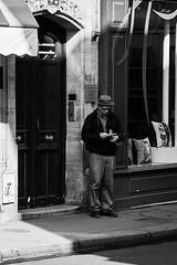 Christophe Lebrun (laurent.dufour.paris) Tags: 135mm 2017 black blackandwhite blanc bw candid canon chapeau city eos5dmarkiii europe everybodystreet extérieur france hommes iledefrance life lifeisstreet matin monochrome noir noiretblanc paris people photographiederue portrait printemps regardsparisiens rue streetphoto streetphotography streetphotographer streetofparis streetoftheworld ville white