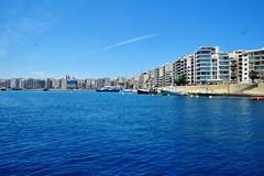 2016-06-08j rejs Sliema (8) (aknad0) Tags: malta sliema krajobraz morze architektura statki