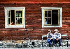 A pair on a bench at Skansen in Stockholm, Sweden 21/7 2017. (photoola) Tags: stockholm skansen djurgården bänk par street window pair facade sweden photoola bench woodenhouse