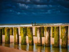 Domburg beach - NL (PHOTOGRAPHY Toporowski) Tags: water ocean blau grain himmel schärfentiefe reflection wasser sky meer europa grün reflektion sand landschaft green beach bokeh landscape eschweiler nrwnordrheinwestfalen deutschland deu
