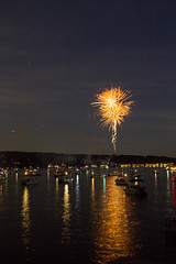 Fourth of July Fireworks (dareangel_2000) Tags: dariacasement fourthofjuly newjersey usa america unitedstates fireworks celebrations lakehopatcong hopatcong jersey lakelife lifeonthelake water