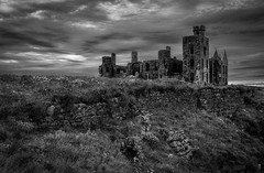 Slains Castle (avaird44) Tags: slains castle ruin crudenbay aberdeenshire scotland derelict blackandwhite mono bw eerie evening moody