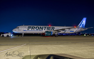 Frontier Airlines Airbus A321-211 (N716FR)