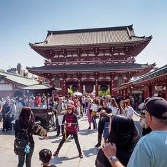 Hōzōmon gate (AMcUK) Tags: taitōku tōkyōto japan jp em10 omdem10 omdem10mkii em10mkii omd olympus olympusuk m43 micro43rds micro43 microfourthirds nippon tokyo sensōji shrine temple buddha buddhism buddism